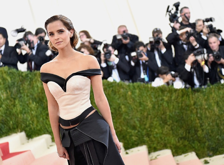 "NEW YORK, NY - MAY 02: Emma Watson attends the ""Manus x Machina: Fashion In An Age Of Technology"" Costume Institute Gala at Metropolitan Museum of Art on May 2, 2016 in New York City. (Photo by Mike Coppola/Getty Images for People.com)"