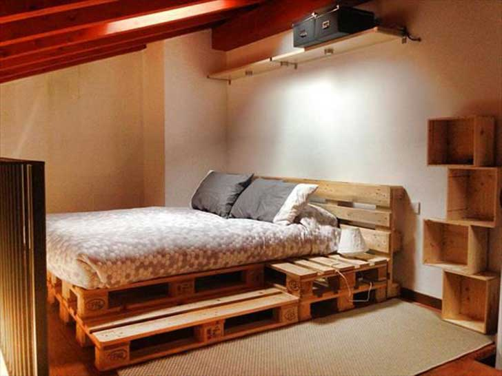 Creatively-Recycling-Ideas-Top-20-DIY-Pallet-Beds-homesthetics-20