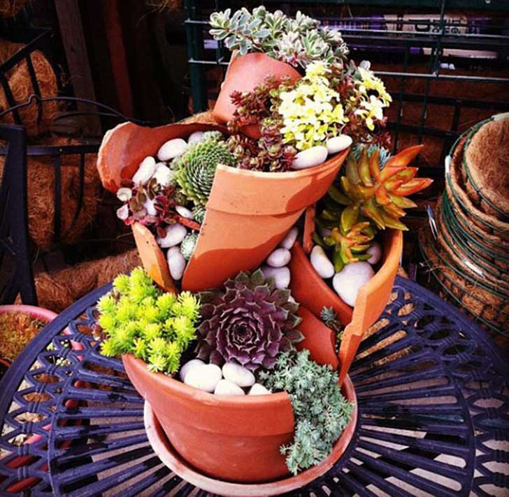 broken-pot-fairy-garden-15