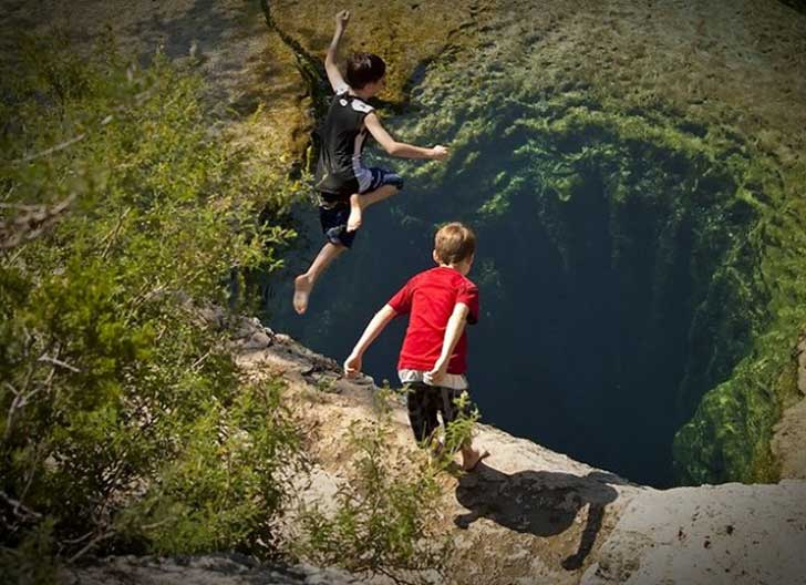 jacobs-well-boys