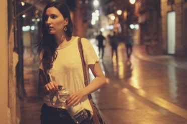 a-new-app-that-lets-users-friends-virtually-walk-them-home-at-night-is-exploding-in-popularity