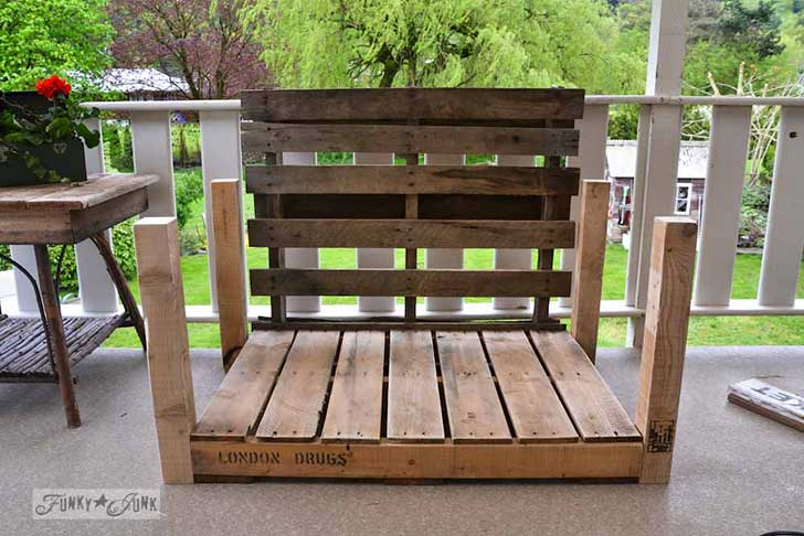 Pallet-wood-patio-chair-05821