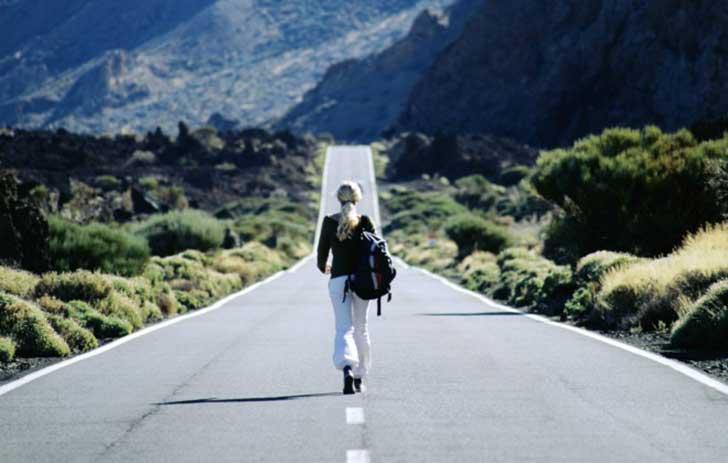 Does-Traveling-Alone-Bring-Benefits-to-You