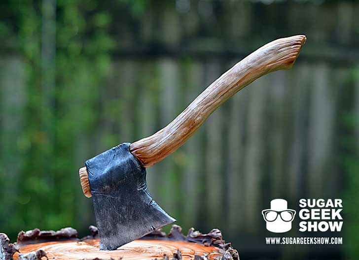 lumberjack-tree-trunk-cake-axe-sugar-geek-show-2