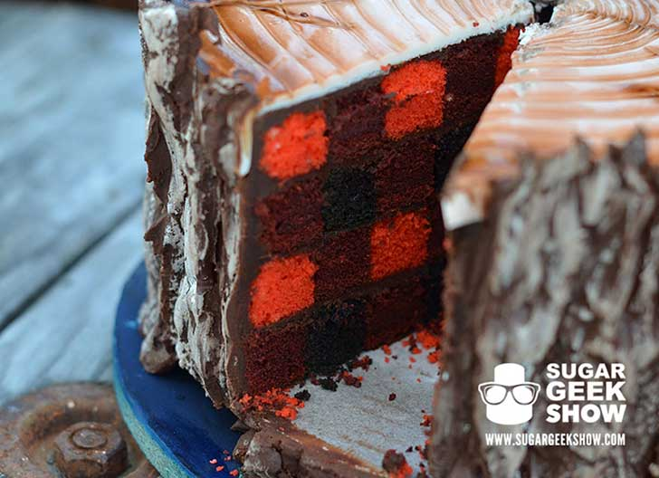 lumberjack-tree-trunk-cake-axe-sugar-geek-show-7