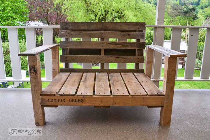 Pallet-wood-patio-chair-06041