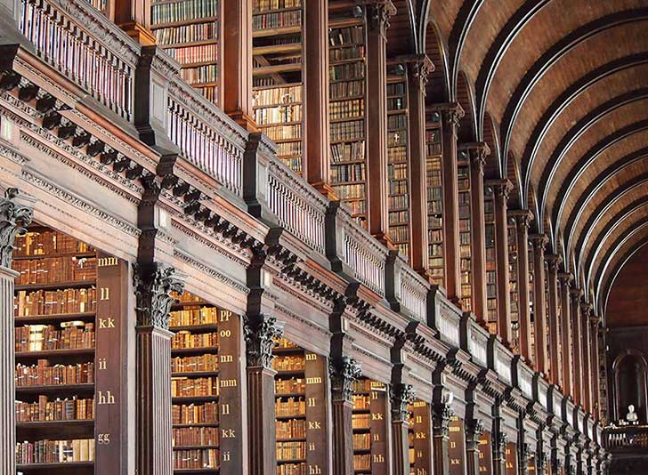 trinity-college-long-room-library-dublin-13