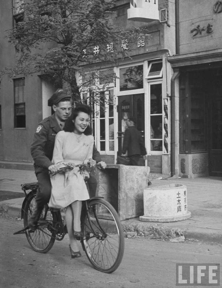 old-photos-vintage-war-couples-love-romance-62-5739864c8dbdd__880 2