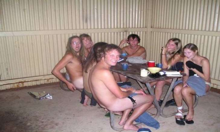 Strip poker en argentina