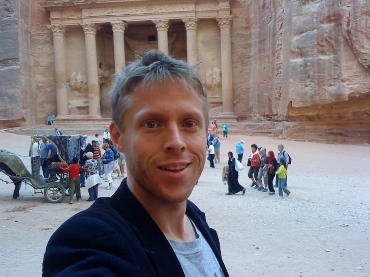 in-jordan-garfors-made-it-to-petra-a-breathtaking-archaeological-city-in-the-south-of-the-country