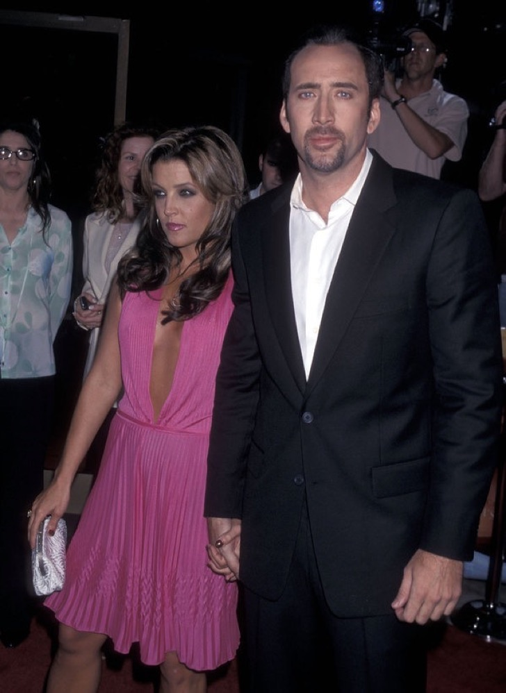 "Lisa Marie Presley and actor Nicolas Cage Attend the ""Captain Corelli's Mandolin"" Beverly Hills Premiere on August 13, 2001 at the Academy of Motion Picture Arts & Sciences in Beverly Hills, California.  (Photo by Ron Galella, Ltd./WireImage)"
