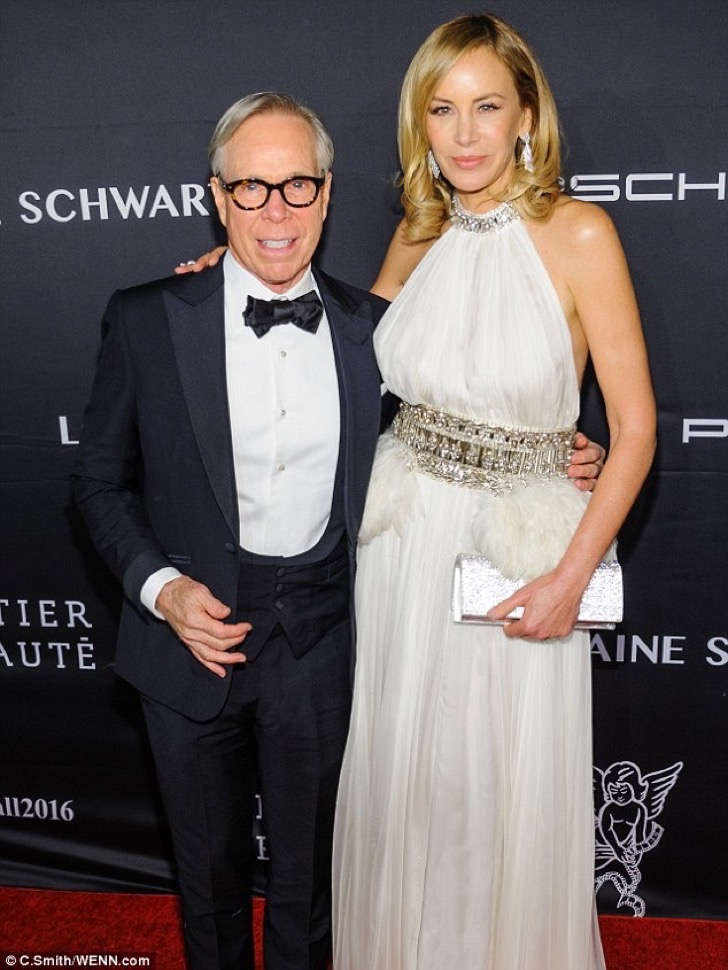 3aa496a900000578-3962268-praise_tommy_hilfiger_pictured_with_his_wife_dee_ocleppo_46_at_t-m-30_1479853229573