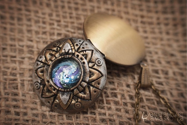 i-make-jewelry-pieces-inspired-by-nature-and-fantasy-582434cfe5e3e__880