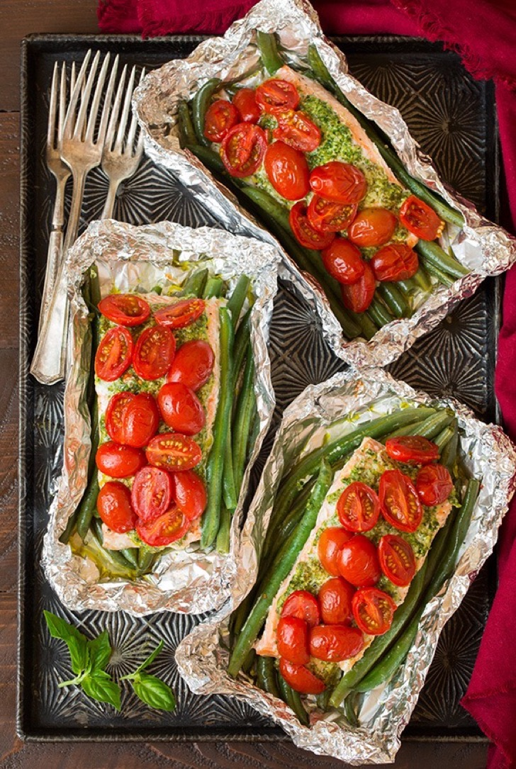 pesto-salmon-and-italian-veggies-in-foil3-srgb