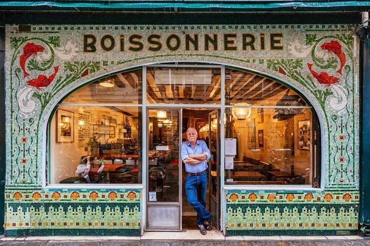 storefronts-paris-re-tale-Pixartprinting-sebastian-Erras-6