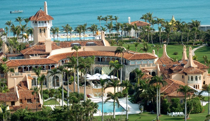 UNITED STATES - JANUARY 22: Aerial view of Mar-a-Lago, the oceanfront estate of billionaire Donald Trump in Palm Beach, Fla. Trump and Slovenian model Melania Knauss will hold their reception at the mansion tonight after their nuptials at the Episcopal Church of Bethesda-by-the-Sea. (Photo by John Roca/NY Daily News Archive via Getty Images)