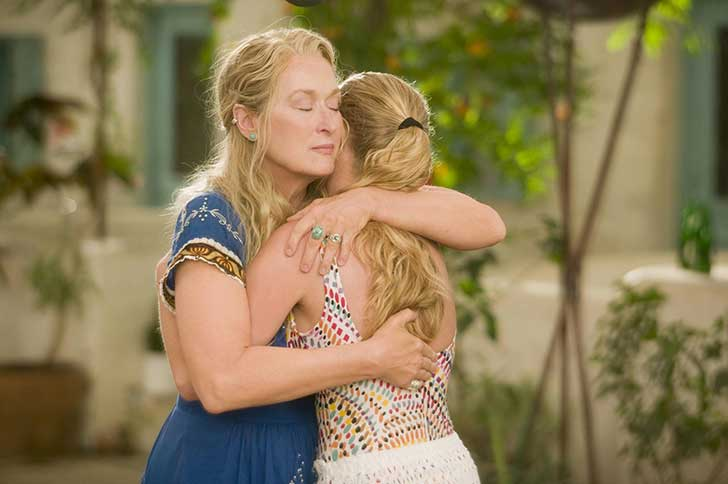 still-of-meryl-streep-and-amanda-seyfried-in-mamma-mia!-(2008)-large-picture