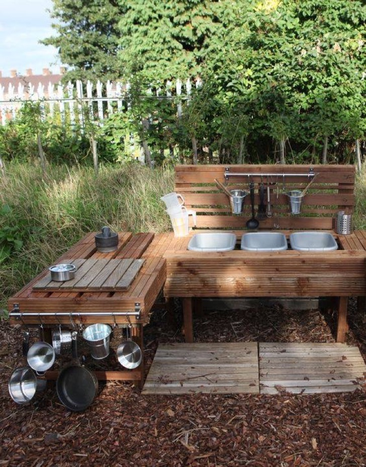 the-best-diy-wood-pallet-decor-and-craft-ideas-36